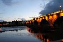 Twilight-scene-of-Smeaton-Bridge-Perth